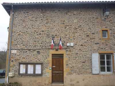 Photo de la façade de la Mairie du Breuil